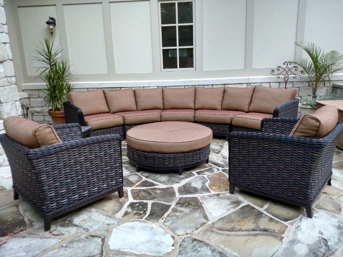 Patio Renaissance outdoor sectional and ottoman