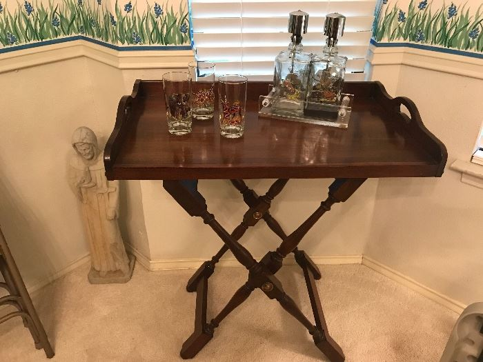 ANTIQUE BUTLERS TRAY