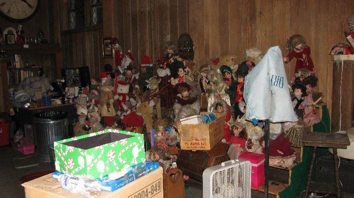 Lots Of Animated Christmas