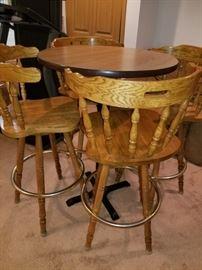 Pub Table, 4 oak bar stools