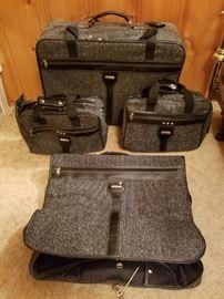 6 Piece Jaguar Luggage Set