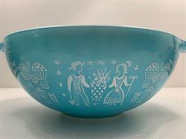 Vintage 4 pc Pyrex turquoise Amish Butterprint bowls