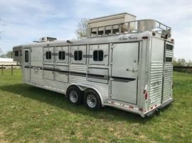 1996 4 Star 3-Horse Trailer with living quarters in good condition. Open to view on sale day. Asking 19,900. Make offers!