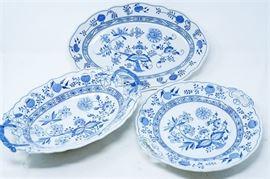 9. Set of Three 3 HUTSCHENREUTHER Serving Dishes