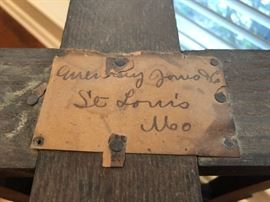 The original paper label for the Eastlake parlor table.