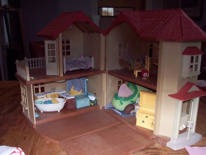 Play house and contents