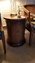 accent table - door opens for storage