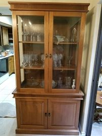 Really beautiful and not-too-gigantic china cabinet.