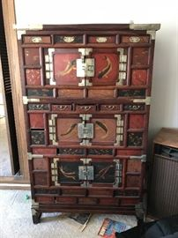 Large oriental chest