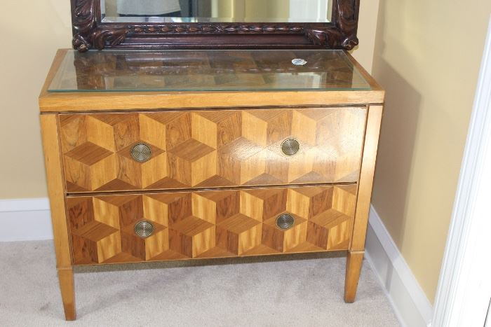 Baker 2 drawer stand