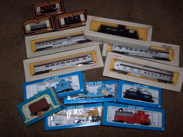 MainLine, ATT & Life-Like Trains