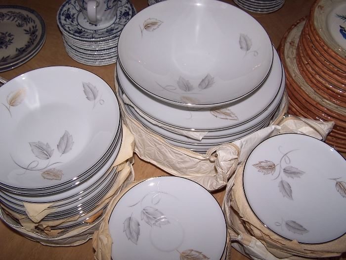 J L Hudson Co. Dishes