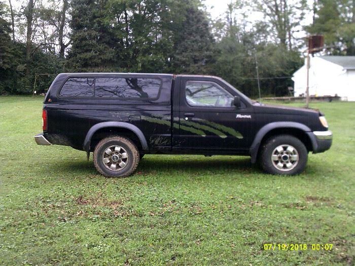 1998 Nissan Frontier pickup