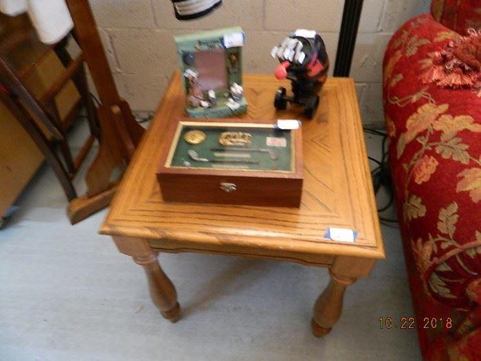 end table/golf gifts
