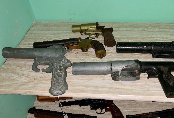 Marine Flare Guns
