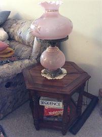VINTAGE GLASS LAMP - GAMES