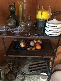 Great Vintage Bar Cart/server