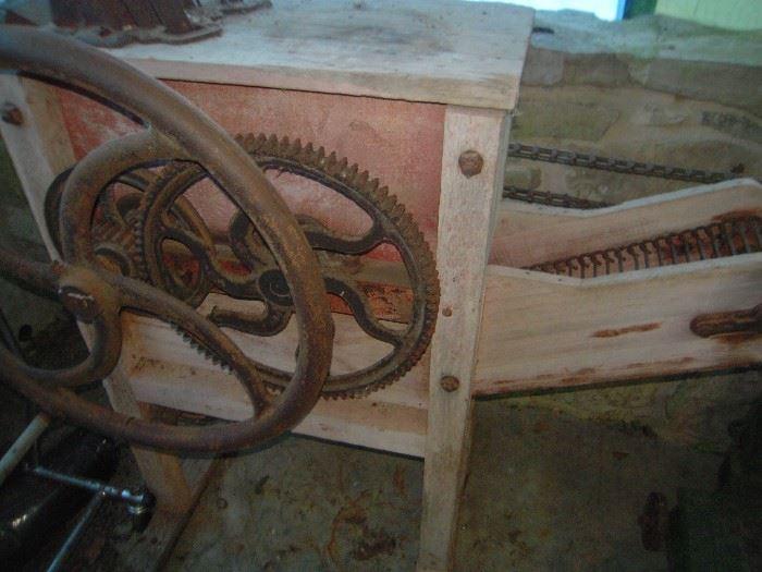 old corn sheller machine