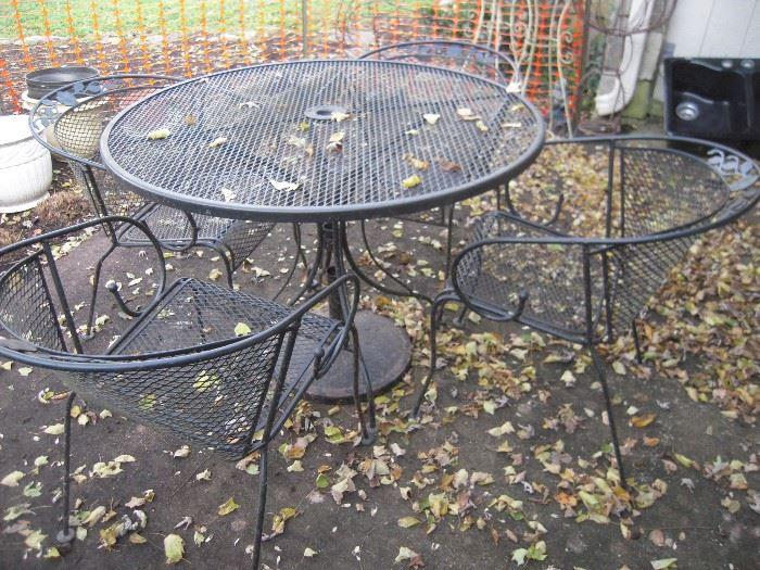 nice old patio set