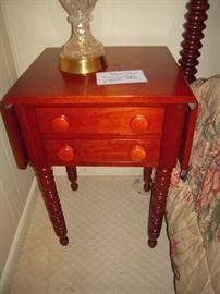 Davis Cabinet CUMBERLAND VALLEY cherry night stand