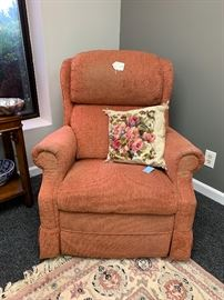 We have a pair of these.  Rock, recline, and swivel.