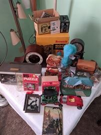 Brownie cameras, vintage clocks and radio.