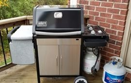 Weber Genesis / Silver Grill- Like New, comes with two propane tanks!