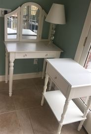 Adorable white vanity desk with tri fold mirror and matching accent table in perfect condition!