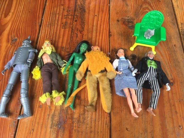 Vintage Wizard of Oz toy set!