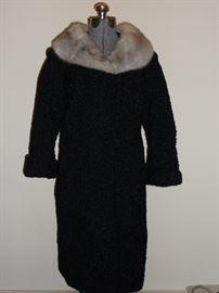 Ladies lamb Mouton coat