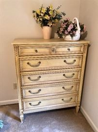 french provencial style bedroom chest