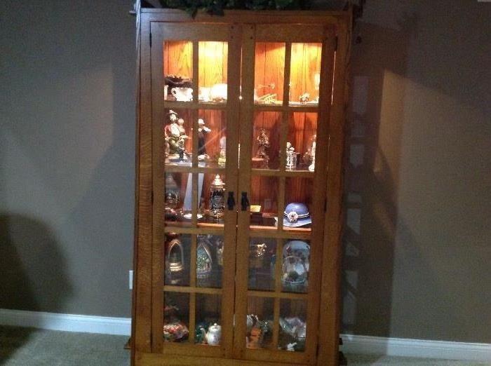 Beautiful arts & craft oak lighted curio cabinet