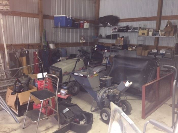 Chipper, Lawnmower and lot of equipment