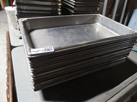 2 Stainless steel iserts.