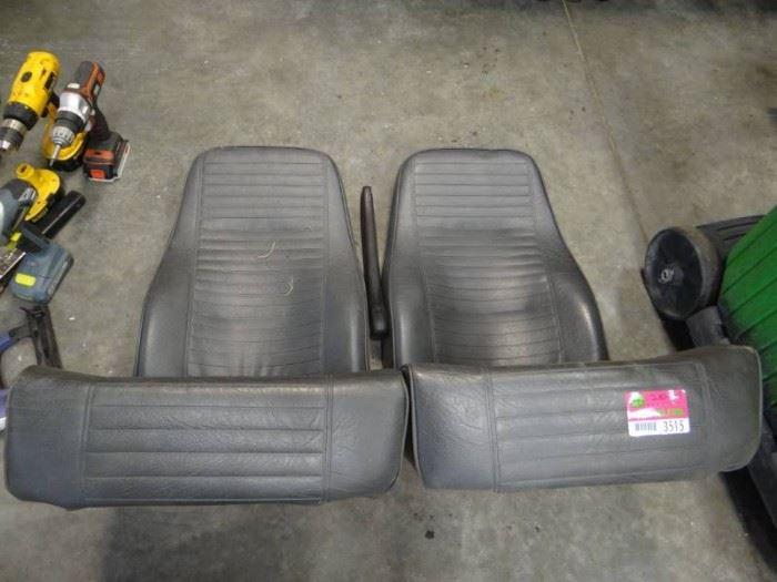 Freeman Seating Co. Universal Seats