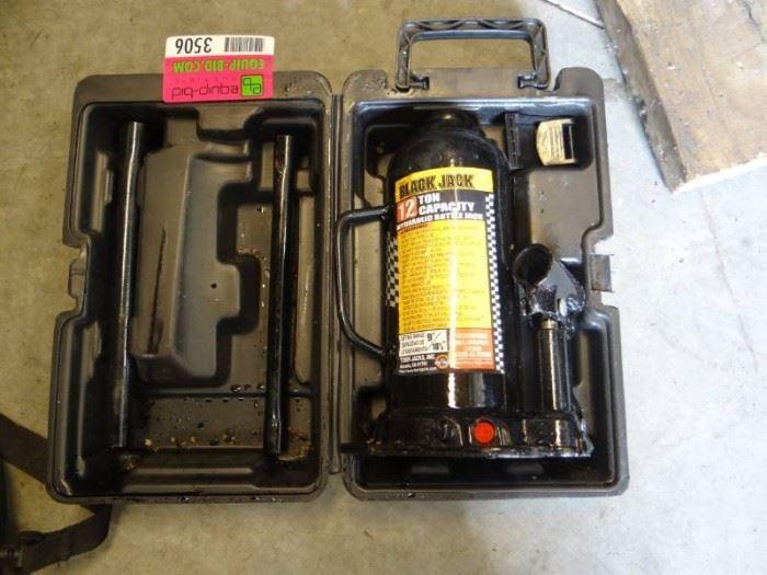 1 2 Ton Capacity with Case Hydraulic Jack