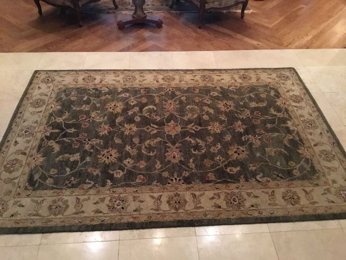 Carpet 5' x 8'