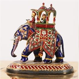 Lot 5243914: Pair of American Silver Gilt Boxes with Applied Indian Enameled Figures, Tiffany & Co., 20th C