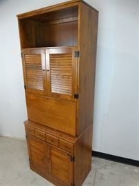 Ethan Allen Early American Bar Cabinet