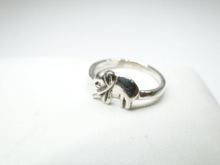 Cute 925 Silver Elephant Ring Size 5.5