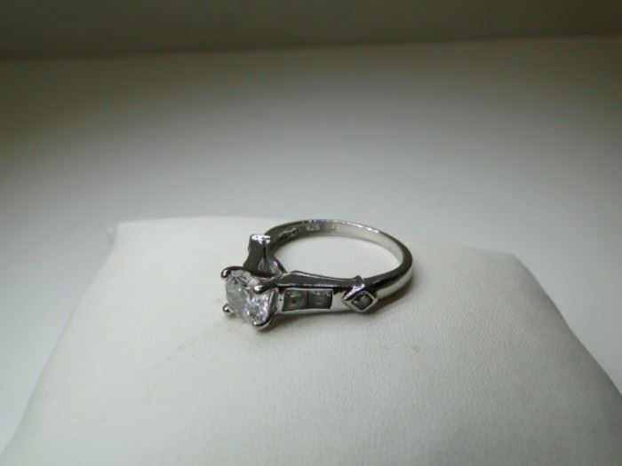 Size 7 Sterling Silver CZ Ring