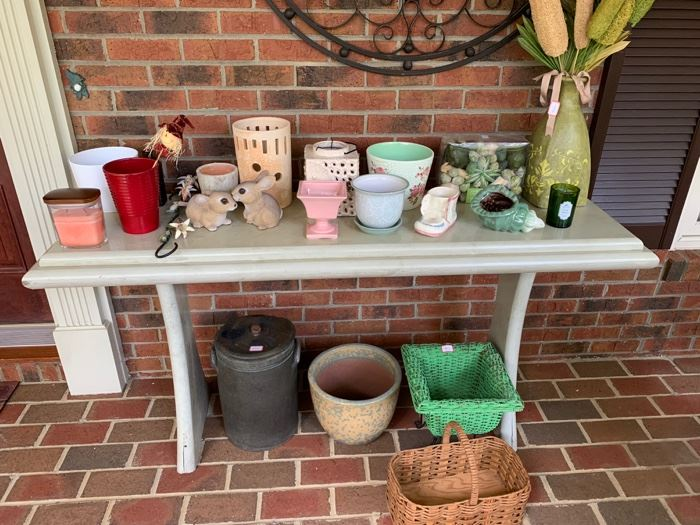 Console Table.  Miscellaneous items for sale.