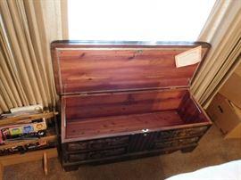 lane  cedar  chest -  top  as  is