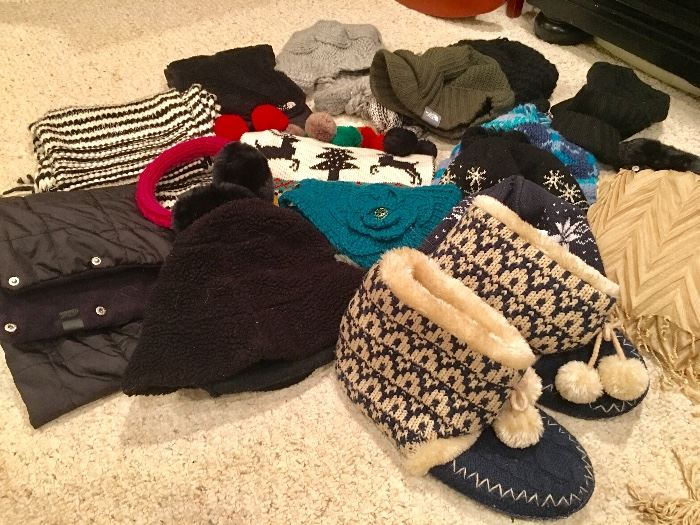 Winter hats/scarves/gloves