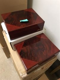Collectible and decorative humidors.  Cherry wood.  Multi-layered, pre-seasoned wood.