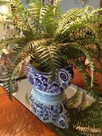 Classic blue & white bowl with artificial fern