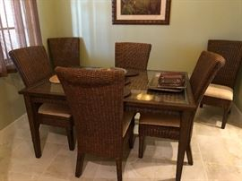 PERFECT SIZE TOMMY BAHAMA STYLE TABLE & CHAIRS