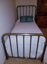 Vintage heavy solid brass twin bed