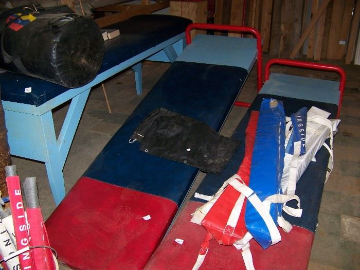 Training bench and incline benches.