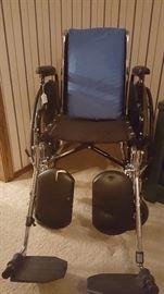 Hi-end wheelchair